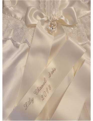 Dopklänning med sidenväst