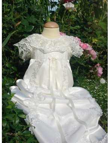 Dopklänning Grace-Estelle
