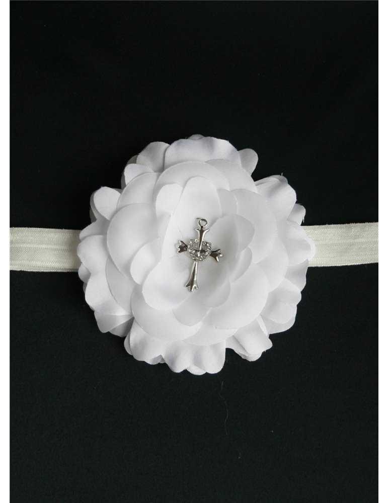 dopbarn med hätta i sjömansklänning