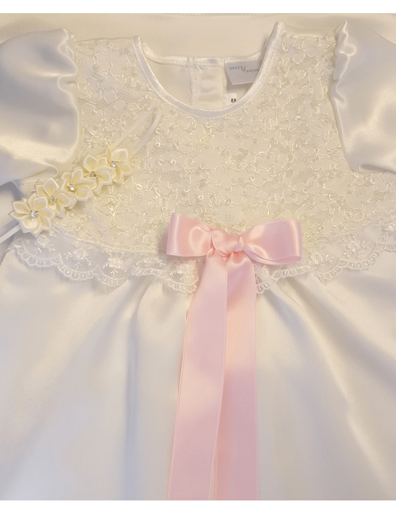 Dopklänningmed matchande diadem