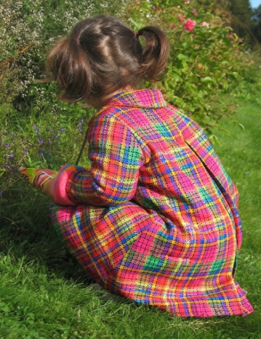 Barnkappa i helsiden, Chanel-stil med vackra detaljer